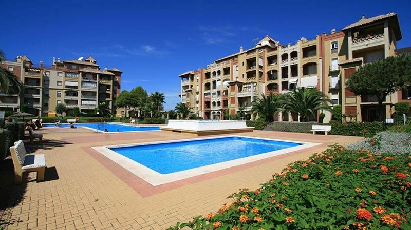 alquiler casas con piscina isla canela