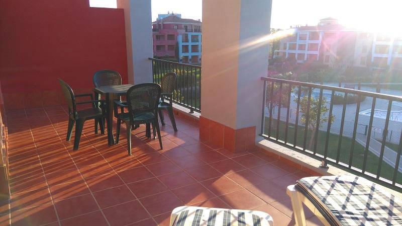 terraza apartamento alquiler
